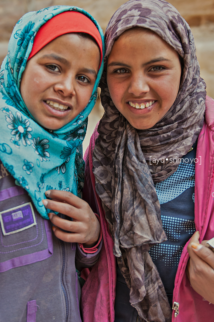 postcard sellers, Petra, Jordan